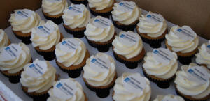 Corporate Logo Branded Cupcakes Printed Logo Topper Icing trade show events Hampshire, Southampton, Dorset, Sussex, London, profesional, experienced, Hampshire Fare